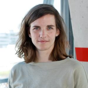 Nora Belghaus, Journalistin und Reporterin, Print und Multmedia